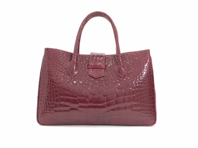 Suarez NY – Suarez. The finest handbags, belts, and accessories in a variety of luxurious leathers and exotic skins. | SuarezNY.com